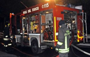 news_img1_61764_vigili-del-fuoco-notturna-palermo