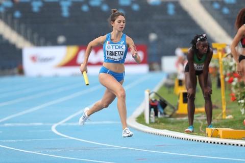 Alessia Tirnetta(Olimpia Atletica Nettuno) in azione con la maglia azzurra